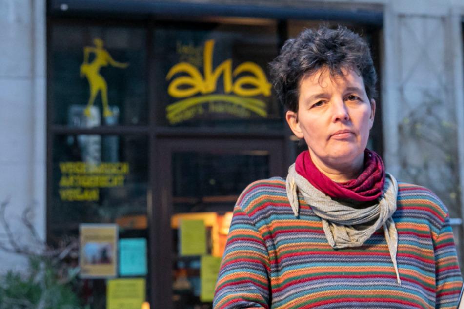 Greift bei Mischbetrieben die Staatshilfe nicht? Café-Chefin kämpft ums Überleben