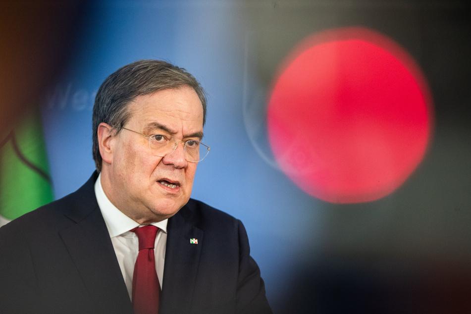 Armin Laschet (CDU), Ministerpräsident von Nordrhein-Westfalen, spricht während einer Pressekonferenz zum Corona-Massenausbruch im Schlachtbetrieb Tönnies.
