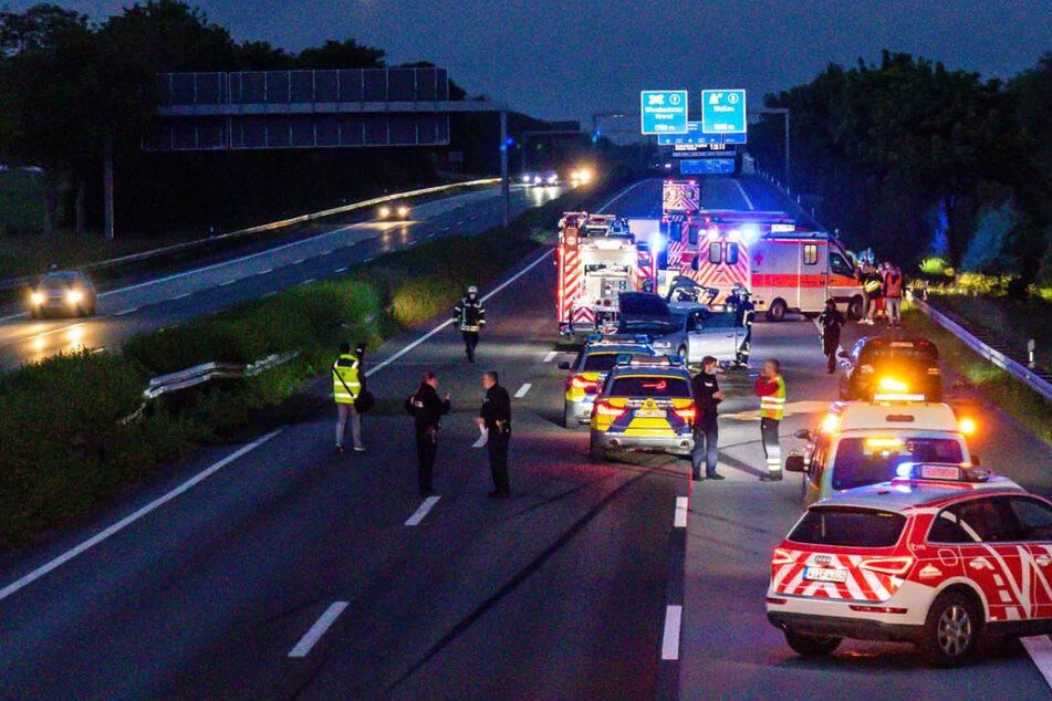 """Unfall A66: 23-Jähriger """"schleicht"""" über die Autobahn, sorgt für Unfall und haut ab"""