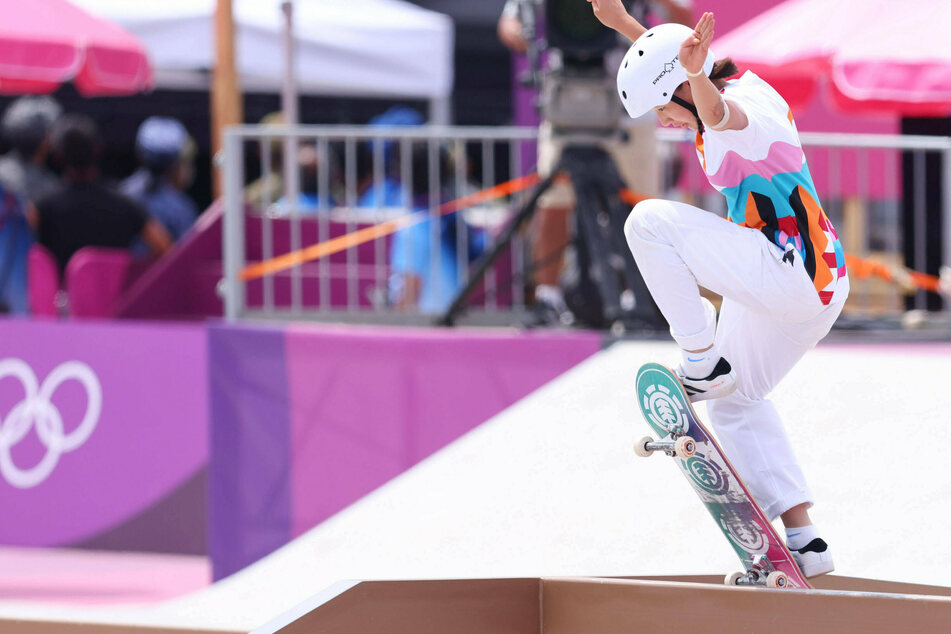 Olympics: 13-year-old wins first ever gold medal in women's skateboarding!