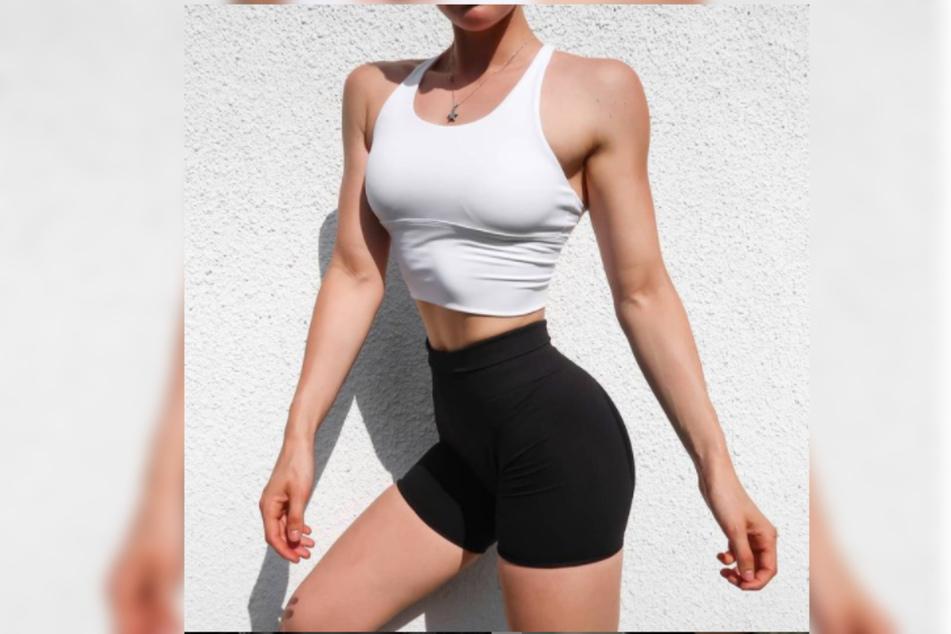 Lara hat es aus der Anorexie geschafft. Auf Instagram präsentiert sie ihre Muckis.