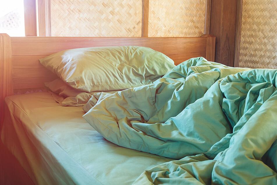 Gerade Allergiker und Asthmatiker sollten nach dem Schlafen ausführlich lüften. (Symbolbild)