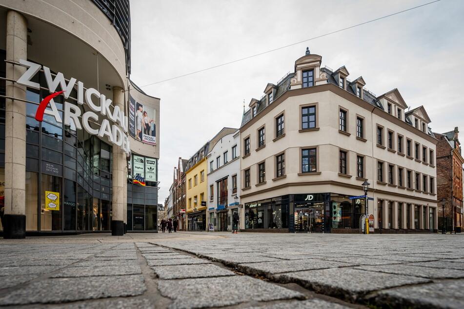 Nach Ladenschluss soll am Dienstag ein Polizeieinsatz in den Zwickau Arcaden stattfinden.