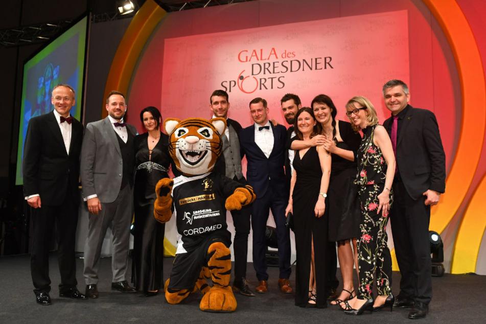 Die Gala des Dresdner Sports 2018 im Congress Center Dresden. Die Handballer vom HC Elbflorenz belegten den 2. Platz bei der Wahl zur Mannschaft des Jahres.