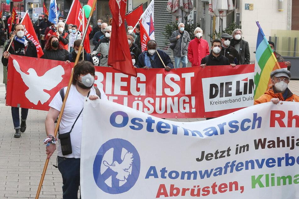 Traditionelle Ostermärsche: Hunderte Menschen für Abrüstung auf der Straße