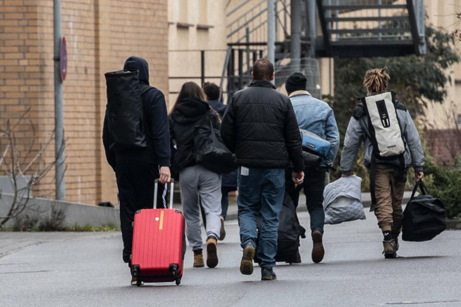 Nach einem Ski-Urlaub wurden 69 Potsdamer Schüler auf das Coronavirus getestet. (Archivbild)