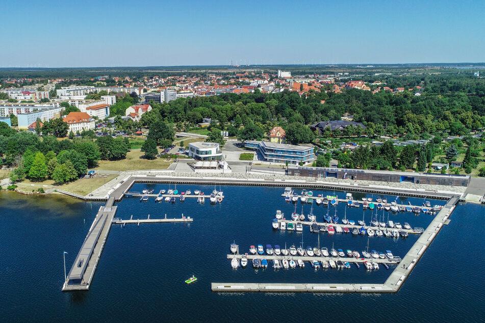 Im Lausitzer Seenland stehen für die Sommerferien kaum noch Unterkünfte zur Verfügung.