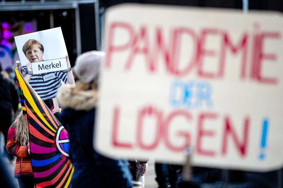 Berlin: Demo gegen Corona-Politik in Berlin: 5000 Teilnehmer angemeldet!