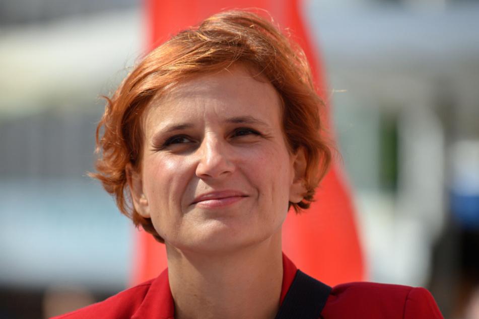 Katja Kipping, Parteivorsitzende der Partei Die Linke, fordert die Einführung einer 30-Stunden-Woche für alle Arbeitnehmer.