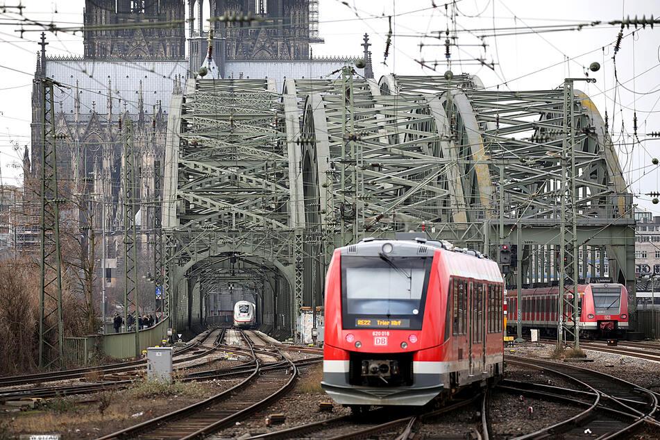 Nahverkehr-Tickets in NRW: Mehrwertsteuer-Senkung kommt kaum an!