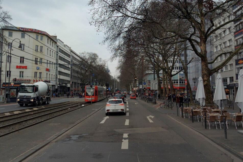 Auf den Kölner Ringen gibt es seit Jahren Probleme mit dem Radverkehr, weil nicht ausreichend Platz geschaffen wird.