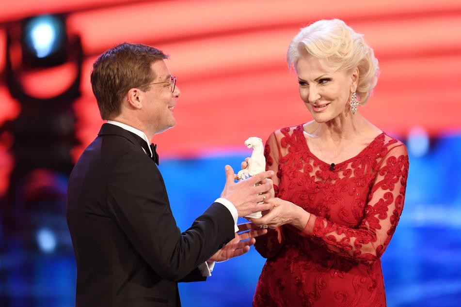 Désirée Nick, hier bei der Verleihung des Bayerischen Fernsehpreises, war am Freitag zu Gast im MDR-Riverboat.