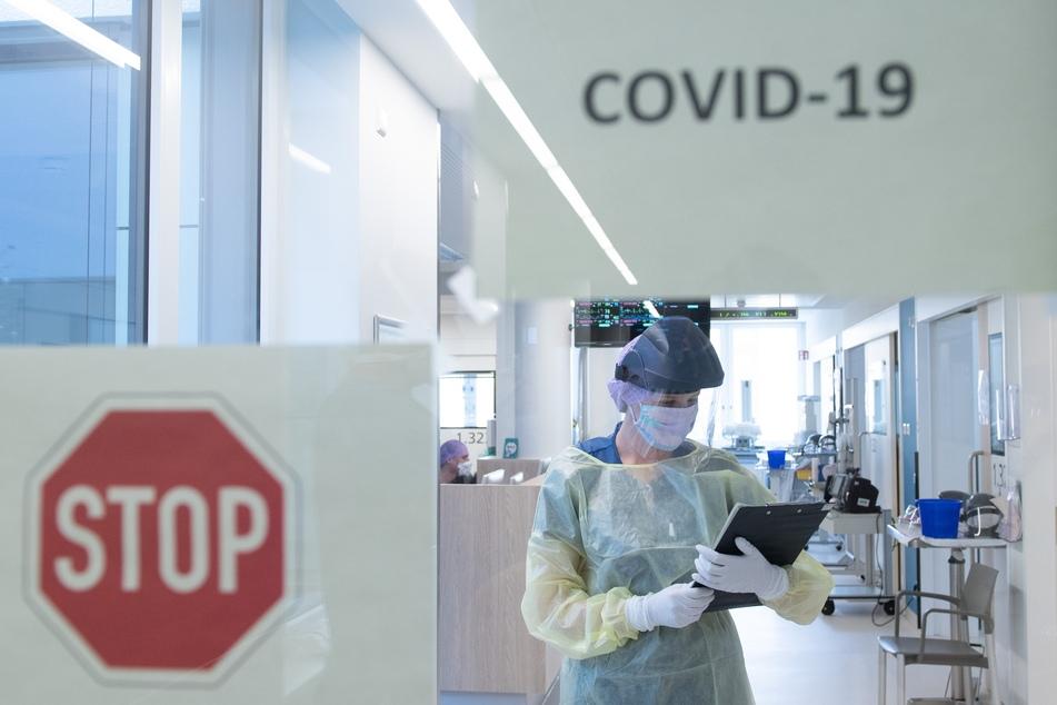 Die Corona-Intensivstation im Universitätsklinikum Carl Gustav Carus Dresden. Im Freistaat Sachsen gibt es noch 112 freie Intensivbetten für Corona-Patienten.