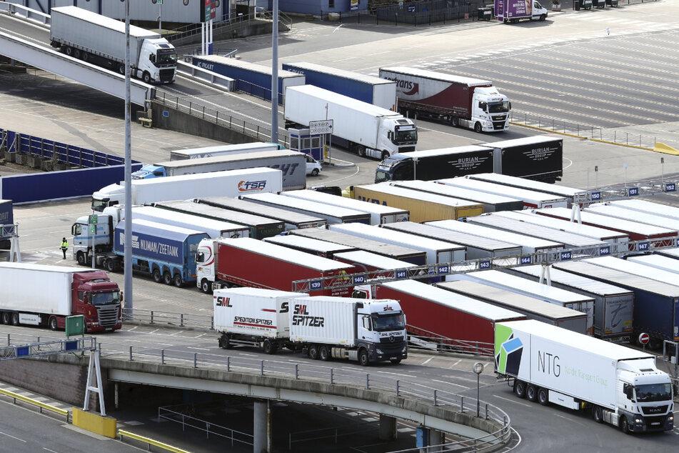 Es gibt zu wenig Lastwagenfahrer in Großbritannien. Die Auswirkungen sind spürbar.