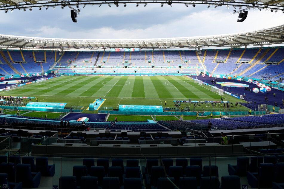 Autobomben-Alarm in Nähe des EM-Stadions sorgt für Aufregung vor Spiel Italien gegen Schweiz