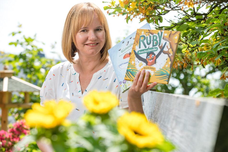 """Auch """"Rauchschwalbe Rudy"""" und """"Glückskäfer Luis"""" sind schon als Bücher erschienen."""