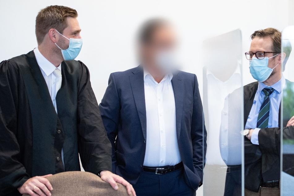 Köln: Betrugsprozess: Investoren mit Schneeballsystem um 11,5 Millionen Euro geprellt