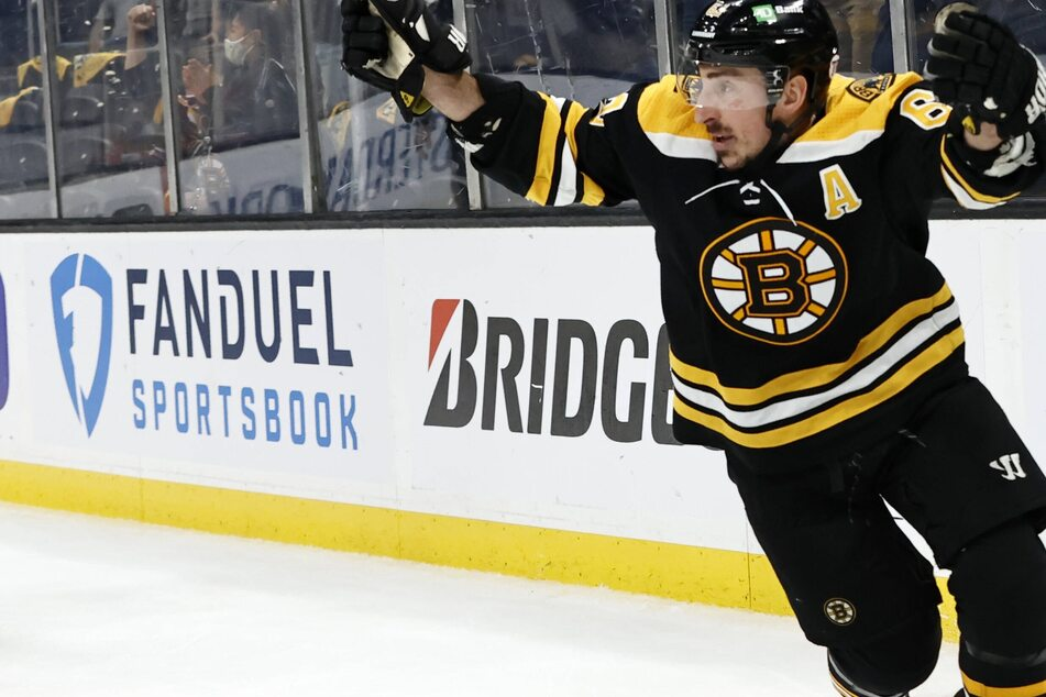 NHL Playoffs: The Bruins bruise the Capitals to take a commanding lead in the first round series