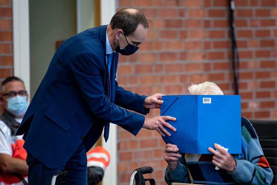 KZ-Prozess gegen 100-Jährigen: Beamter soll zu Vernehmungen Überlebender aussagen