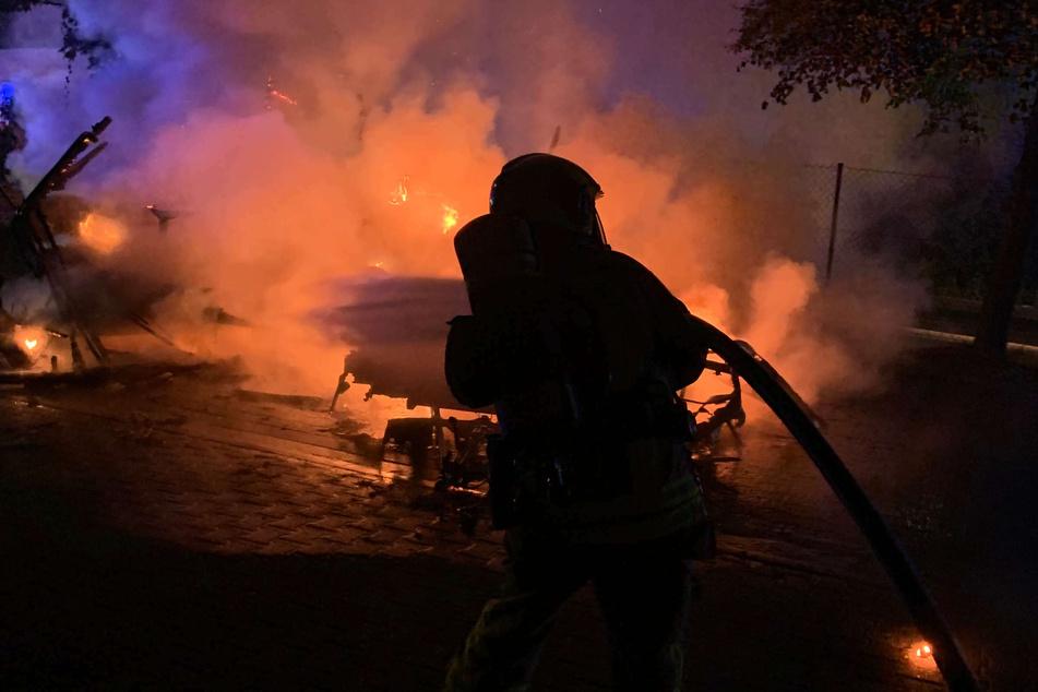 Die Feuerwehr Stolberg hatte den Brand nach einer knappen Stunden gelöscht.