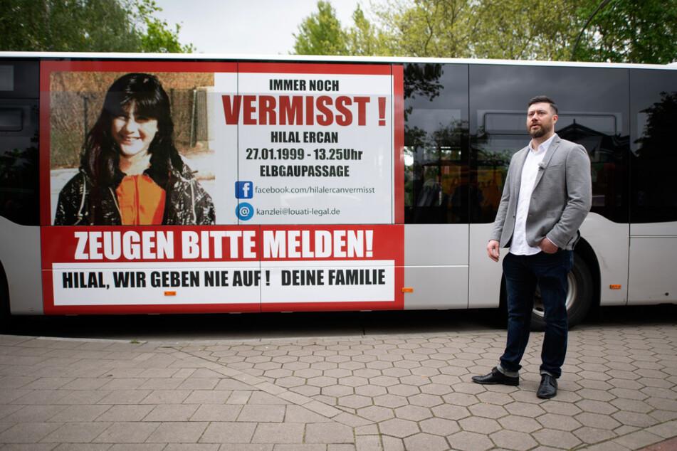 Abbas Ercan präsentiere kürzlich den VHH-Bus mit dem Zeugenaufruf.