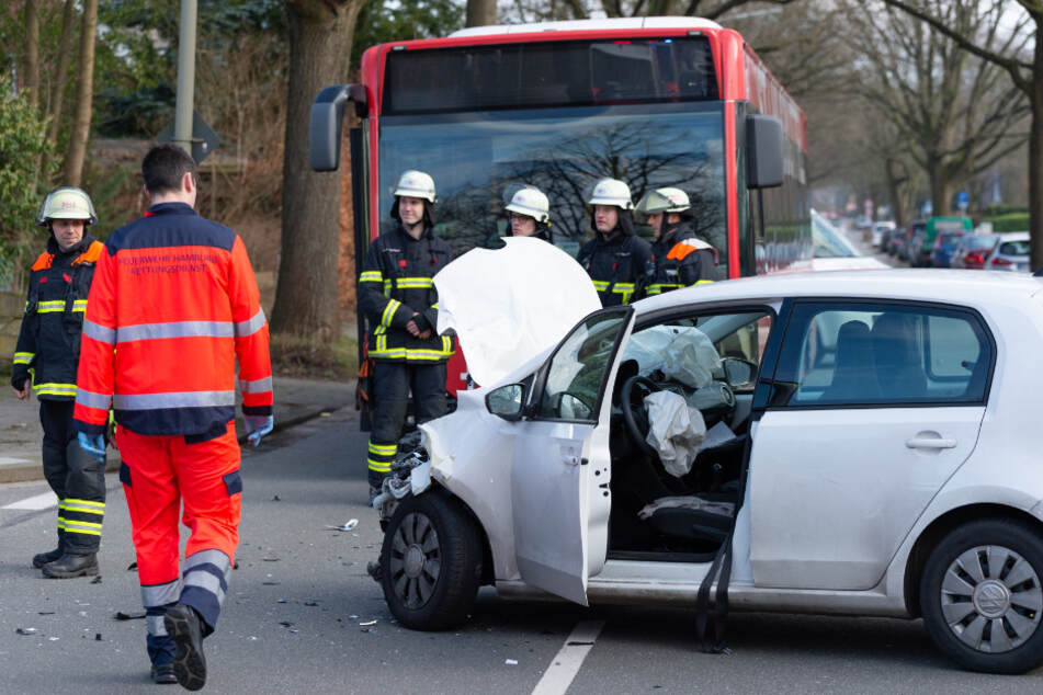 Zehn Personen wurden bei dem Zusammenstoß in Rahlstedt verletzt.