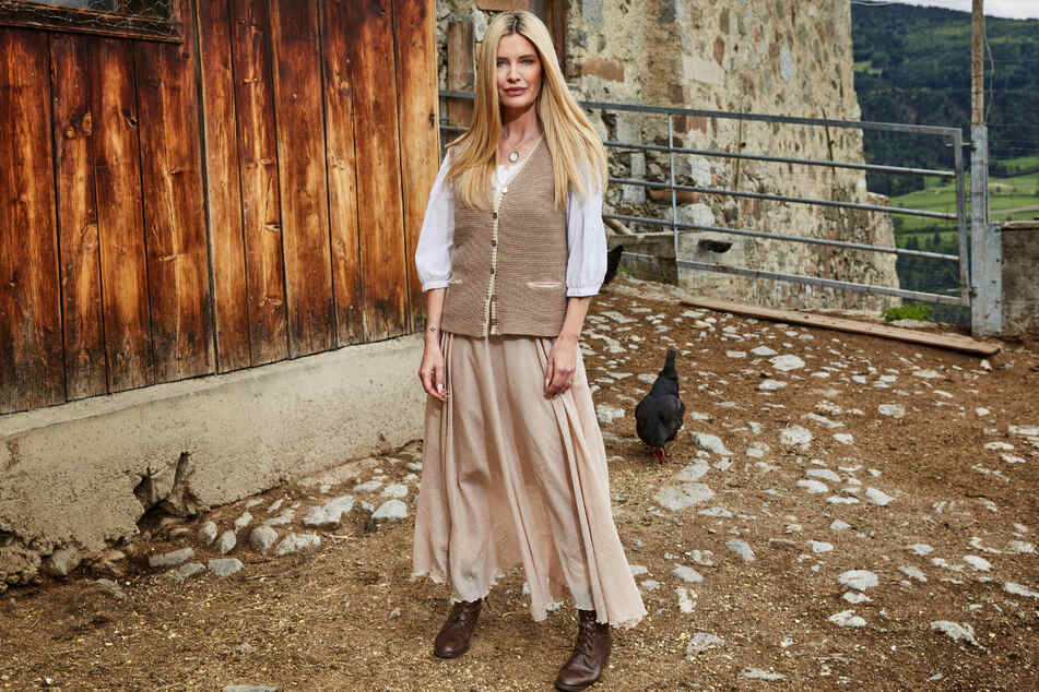 Mirja du Mont (45) möchte auf der Alm kräftig zupacken