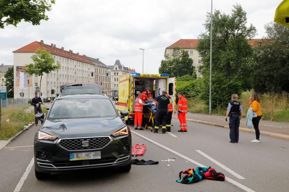Ein Junge (10) wurde am Mittwoch in Chemnitz von einem Seat erfasst und schwer verletzt.