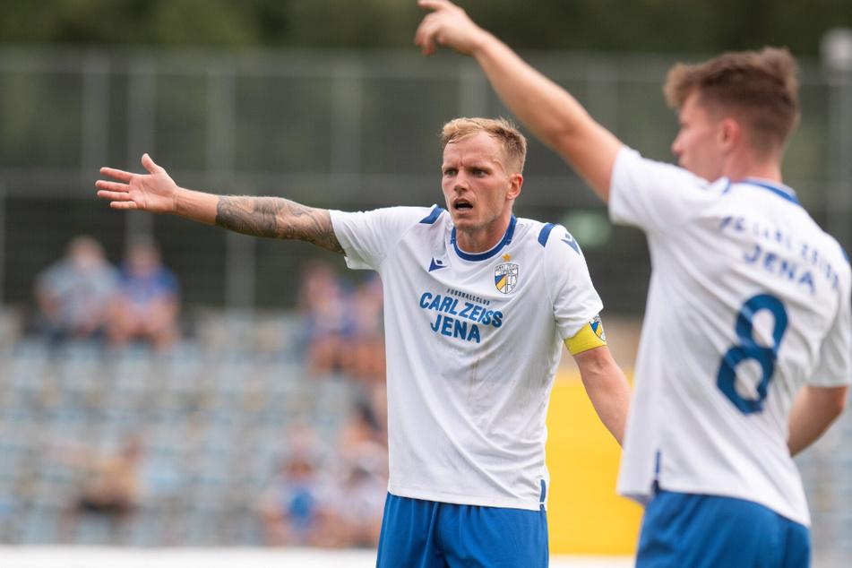 Noch wartet Jena-Kapitän Rene Eckhart (30) auf den ersten Liga-Sieg mit seiner Mannschaft.