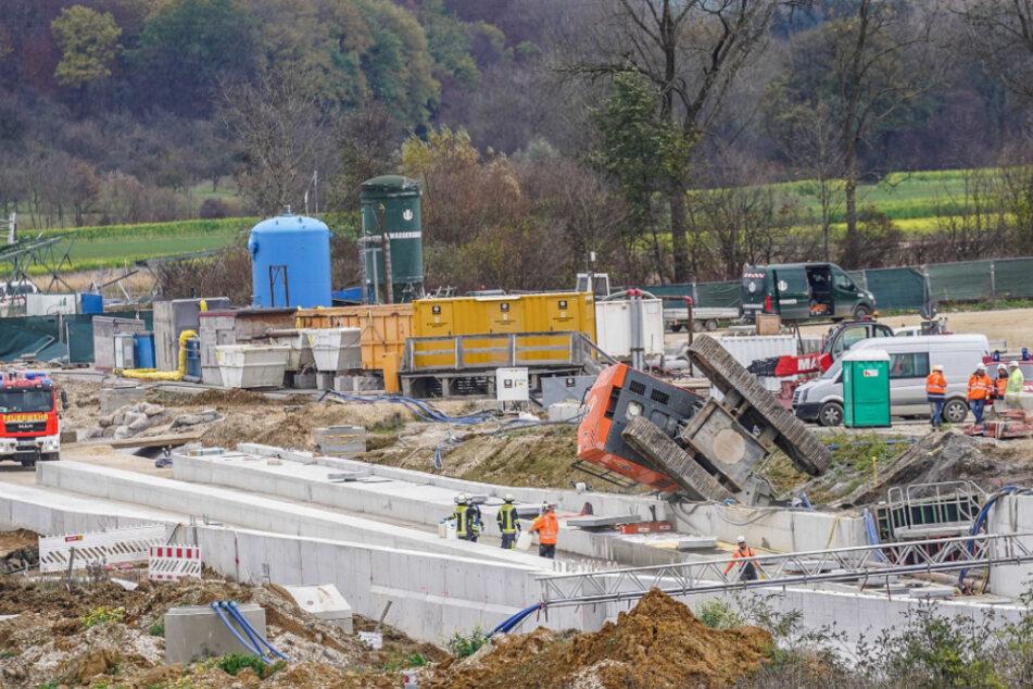 Bei dieser Stuttgart-21-Baustelle ist ein Bagger umgekippt.
