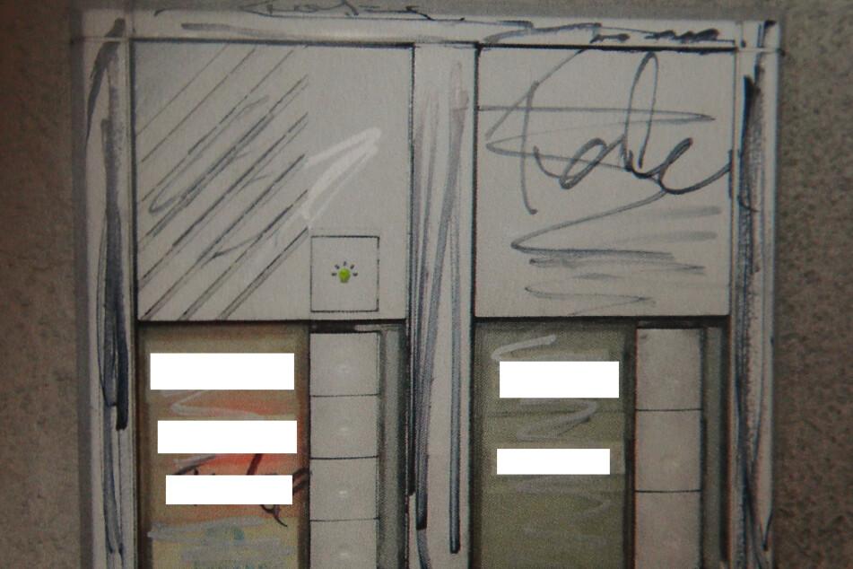 Klingelbrett und Haustür wurden von dem Wüterich ramponiert.
