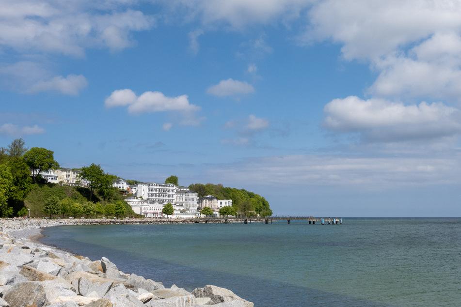 In Sassnitz hatten Passanten eine leblose Person entdeckt. Es ist schon der zweite Badetote auf der Insel Rügen.