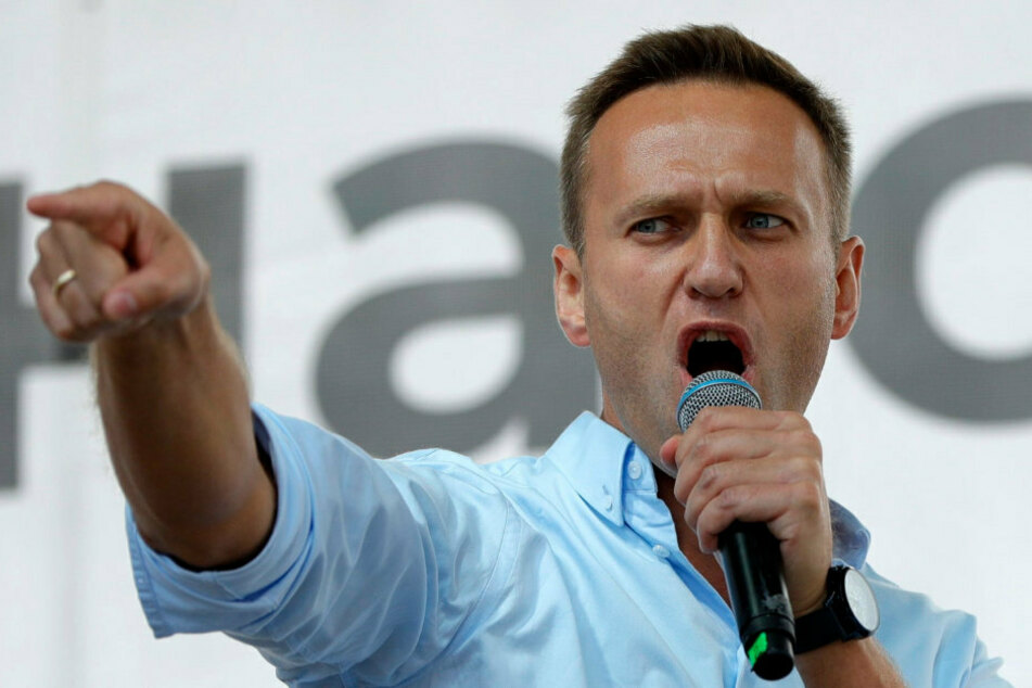 Nach Vergiftung: Staatsanwaltschaft vernimmt Putin-Kritiker Alexj Nawalny