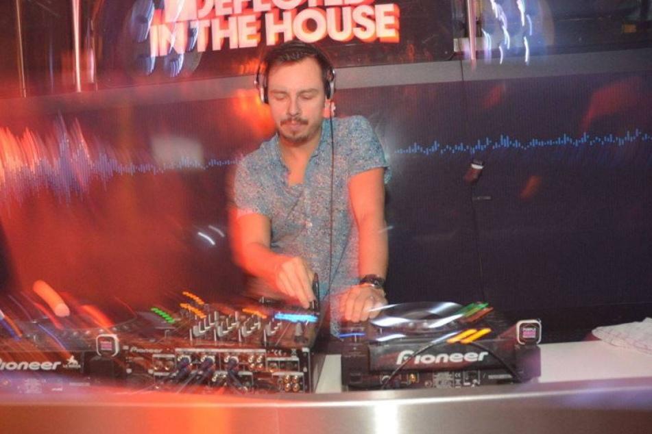 Ratet mal, wie dieser Star-DJ seinen Geburtstag feiert?