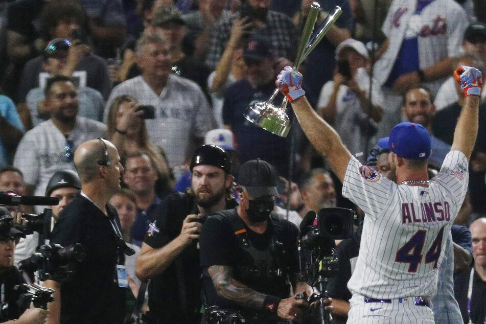 MLB: It was bombs away in Denver as Pete Alonso defended his Home Run Derby title