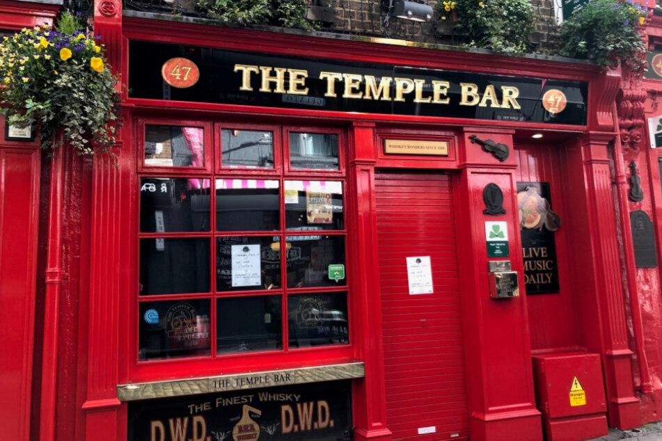 Dublin: Die Temple Bar, ein Anziehungspunkt für Touristen, wurde aufgrund der Ausbreitung des Coronavirus geschlossen.