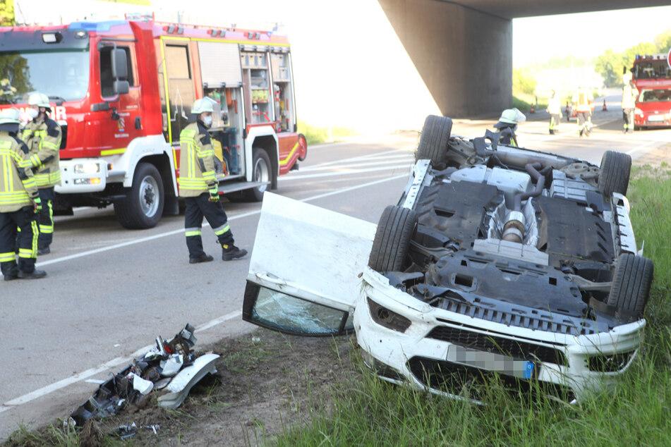 Vermutlich wegen Alkohol: Zwei Verletzte bei schwerem Unfall