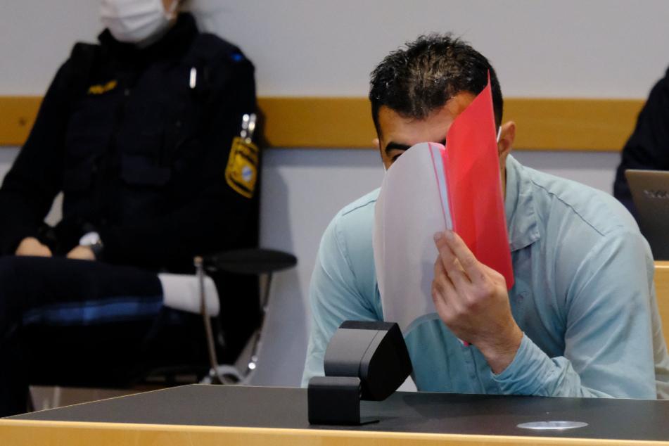 Blutbad in Flüchtlingsheim: Kam Angeklagter nur nach Deutschland, um Todesstrafe zu umgehen?