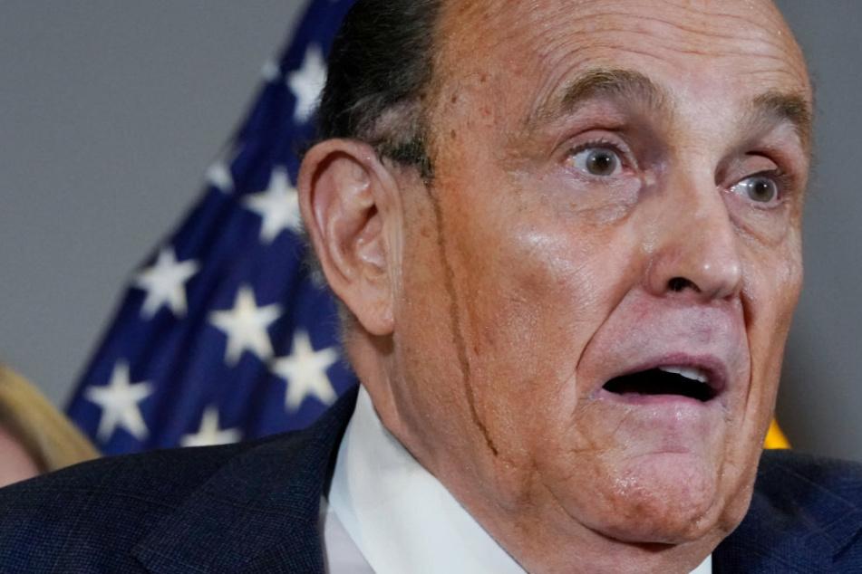 Chaos im weißen Haus: Trumps Anwalt Giuliani positiv auf Corona getestet