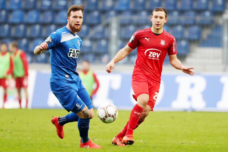 Jan Löhmannsröben (29, l.) hier noch im Trikot des 1. FC Magdeburg gegen den damaligen Anfreifer des FSV Zwickau, Robert Koch.