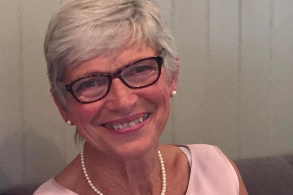 Pam Nash (76) ist glücklich ihre Daisy wiederzuhaben.