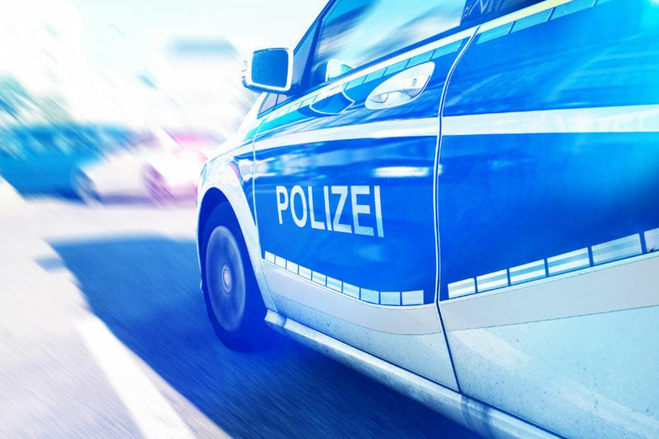 Berlin: Nach Baby geschaut und dann kracht es: 19-Jährige verursacht Unfall