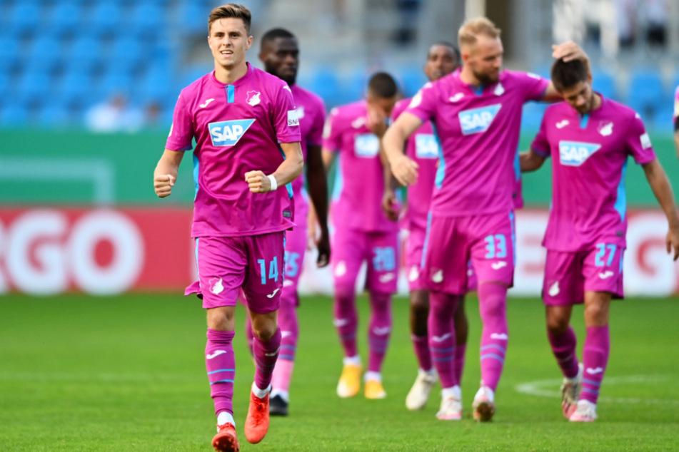 Erleichterter Jubel bei Hoffenheim und Christoph Baumgartner nach dem Pokalsieg in Chemnitz. In der Liga will man öfter klarer gewinnen als im ersten Pflichtspiel der neuen Saison.