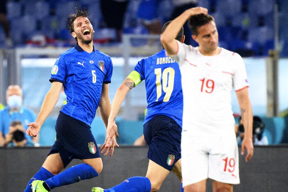 Manuel Locatelli (23, l.) durfte am Mittwoch gleich zwei eigene Tore gegen die Schweiz bejubeln.