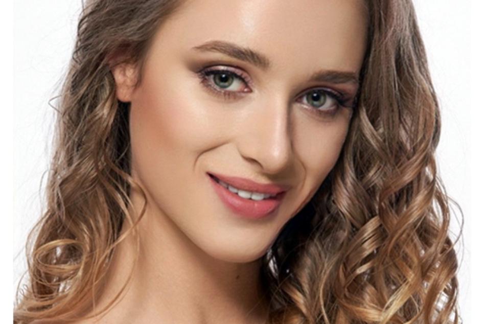 Annabella (23) arbeitet als Model und Influencerin.