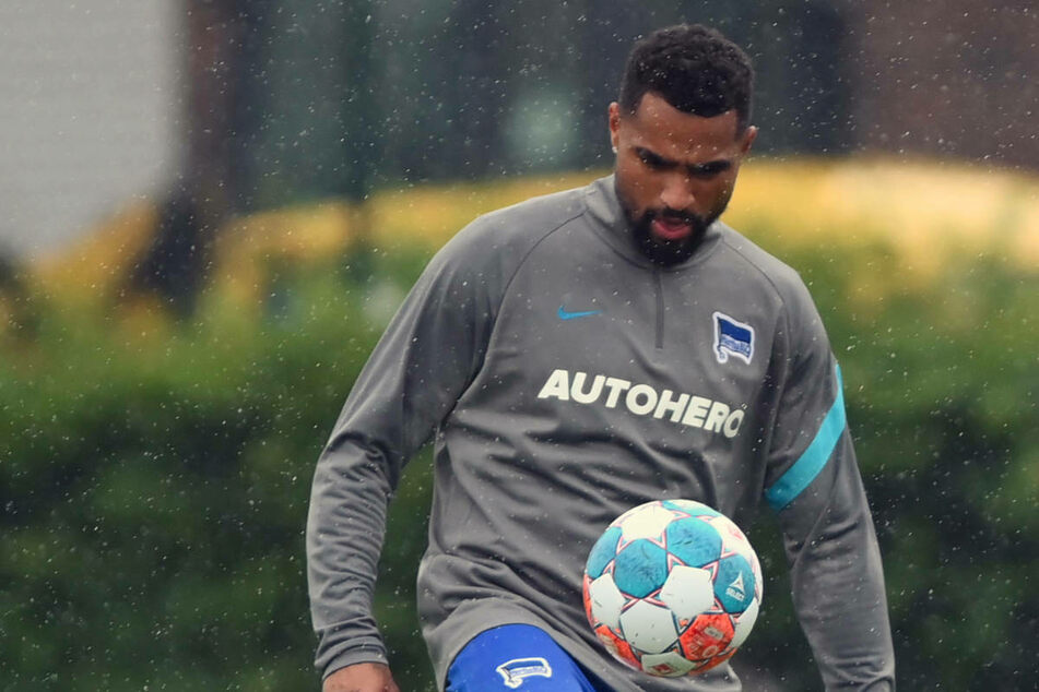 Neuzugang Kevin-Prince Boateng (34) hat am Mittwoch am ersten Mannschaftstraining von Hertha BSC teilgenommen.