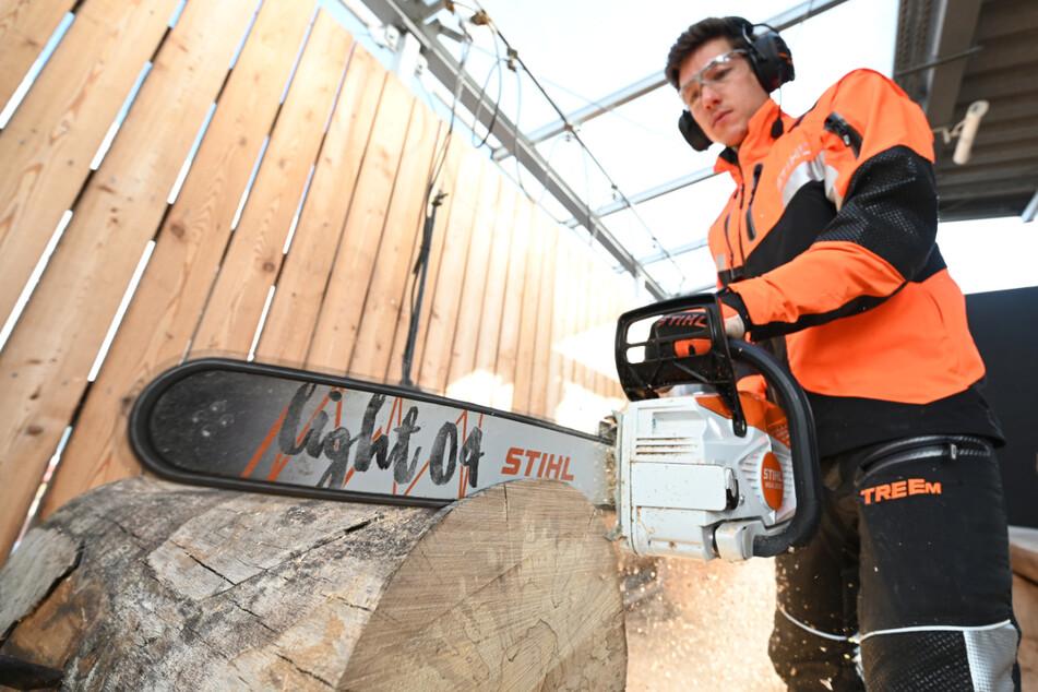 Der Sägenhersteller Stihl ist wegen knapper Rohstoffe und Bauteile besorgt. (Symbolbild)