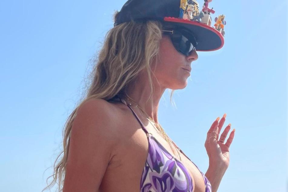 Heidi Klum (48) lässt es sich in ihrem Urlaub richtig gut gehen.