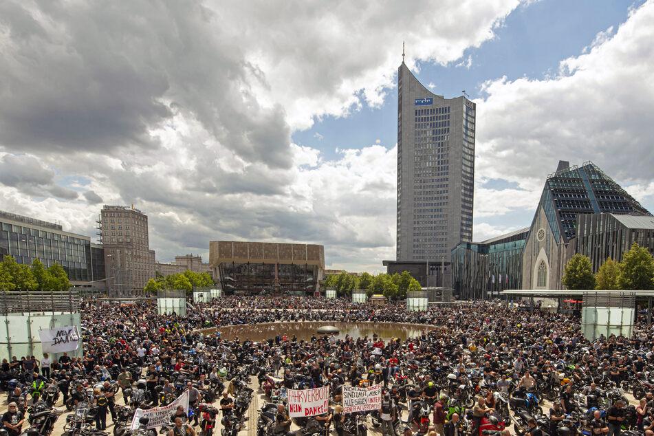 Die Kritiker der Corona-Maßnahmen wollen am Samstag auf dem Augustusplatz demonstrieren.