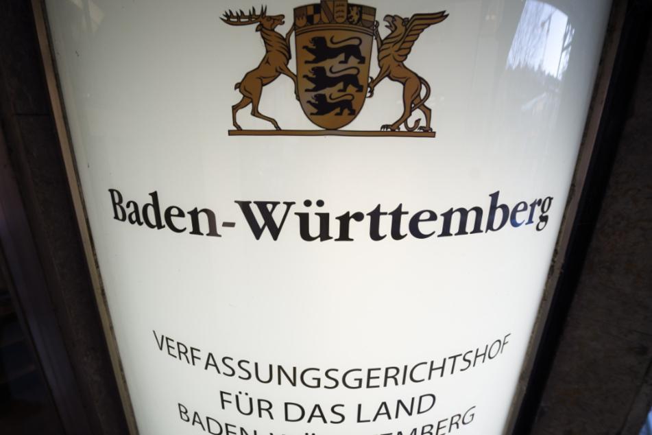 Der AfD-Kandidat Bert Matthias Gärtner wurde mit 37 Stimmen zum Mitglied des Verfassungsgerichts gewählt, dabei gab es auch 77 Enthaltungen.